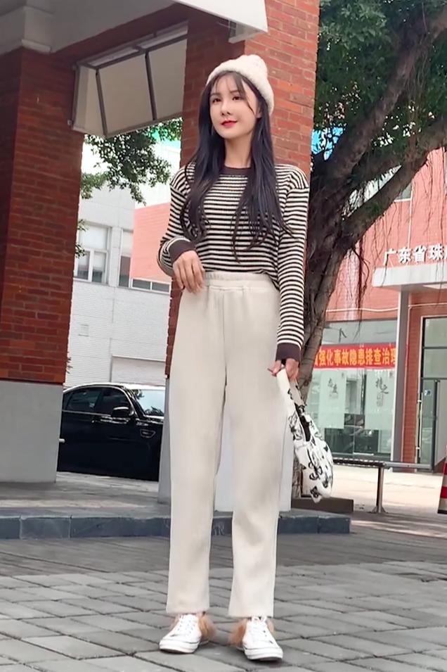 玲玲裤子随录视频