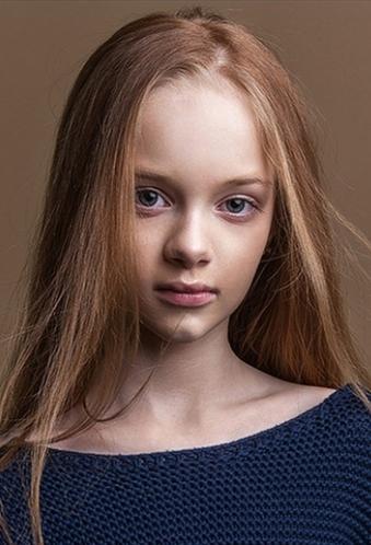 外国女童模 DANIELLA