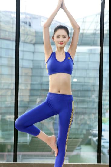 瑜伽衣服模特拍摄
