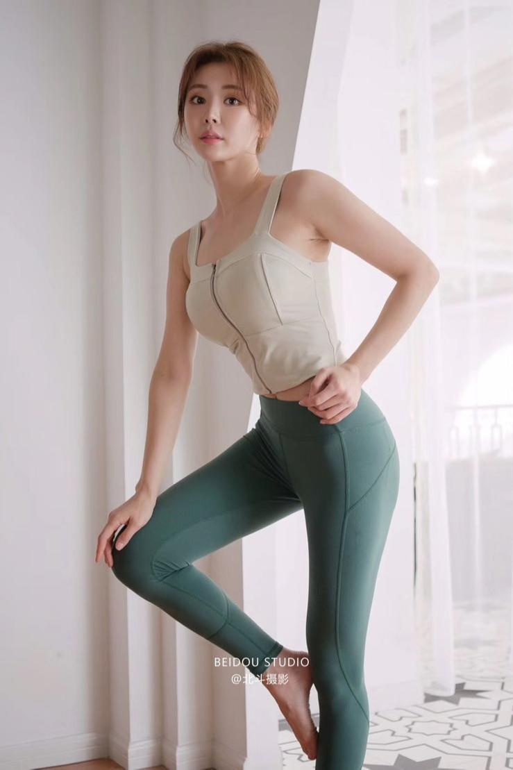 韩模允儿  健身运动服拍摄 瑜伽服拍摄 模特拍摄