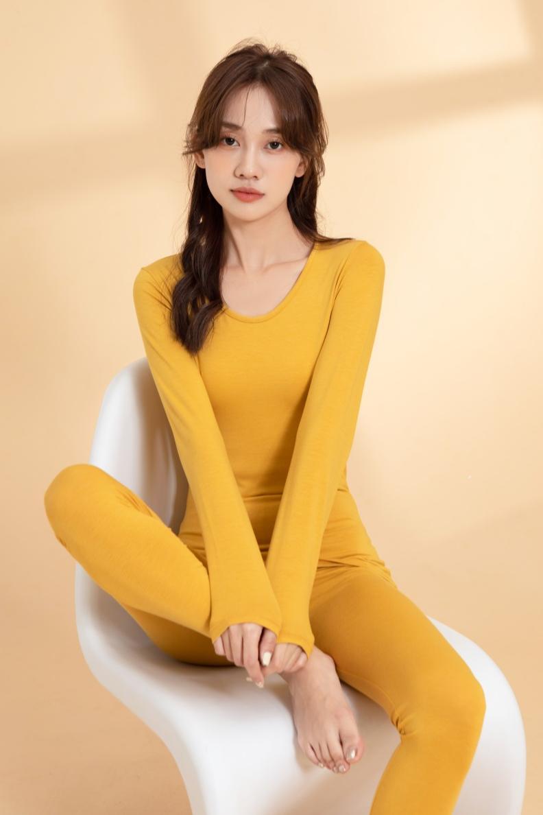 浅黄 窗景